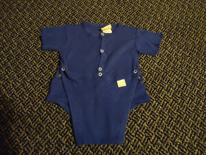 Boys Size 12-18 Months Blue Short Sleeve Diaper Style onesie