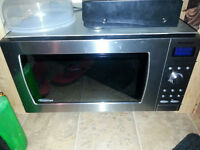 Invertor Microwave! NEED GONE NOW Calgary Alberta Preview