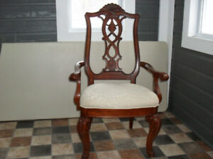 Chaise style Antique