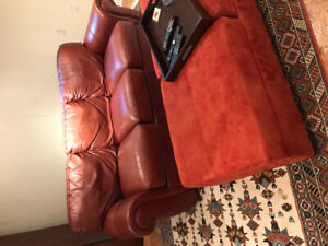 Great high quality leather sofa - Brown.