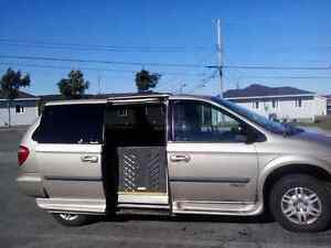2007 Dodge Grand Caravan SE Wheelchair Van