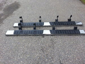 2014+ Chev/GMC Crew Cab Nerf Bars, Mint condition