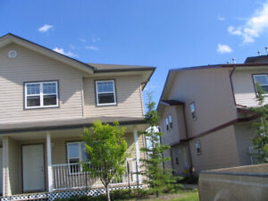 3 bedrooms 2.5 bath Timberlea Townhouse for Rent - April 1, 2019
