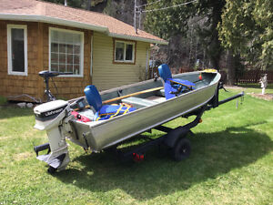 12ft aluminum fishing boat w/trailer and 15 HP and electric moto