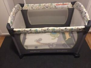 Pack and play/ travel cot/ play yard