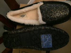 New! Ugg slipper shoes size 5 or 7 reduced!! Kitchener / Waterloo Kitchener Area image 3