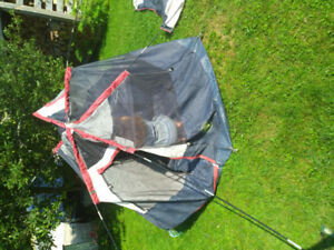 3 tents in worn condition 2x4-person 1x2-person