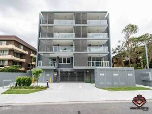 ID 3853575 - Fabulous Spacious 2 Bedroom 2 Bathroom Apartment wit Auchenflower Brisbane North West Preview