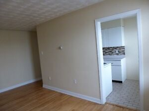 2 BR apart(s) Available-sept-Heat&Hotwater inc-Free Parking