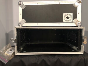 Case Makers Rack for Guitar and Bass Gear