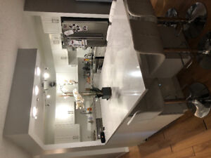 Renovated Tuxedo Condo For Rent August 1st
