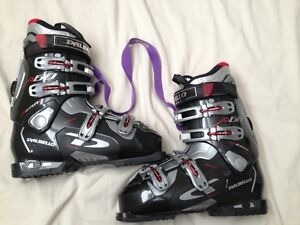 Dalbello Downhill ski boots size 9 men's