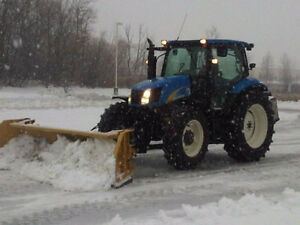 2008 NEW HOLLAND T6020 MFWD c/w Horst 9-15' SnowWing Blade/Mount