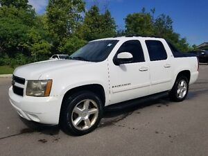 2007 Chevrolet Avalanche LTZ 4x4 *** NAVI, SUNROOF, Leather, ***