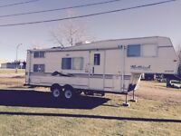 2003 Westwind 5th wheel 1/2ton pullable