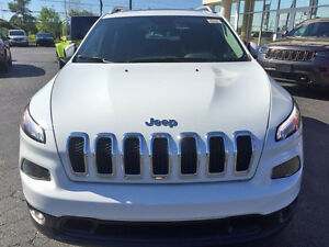 2016 Jeep Cherokee Limited Edition with Moonroof SUV