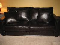 Divan/ sofa  et fauteuil en cuir laminé brun