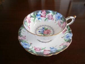 EXCEPTIONAL PARAGON SWEET PEA CUP AND SAUCER SET