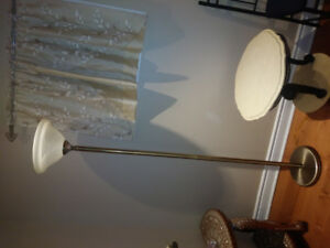 BEAUTIFUL AND ELEGANT BRASS &WHITE LAMPS FOR SALE $65 or obo