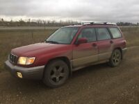 2002 Forester NEEDS REPAIRS *price negotiable*