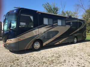 2006 Coachman Cross Country SE 38' Diesel - 2 slides