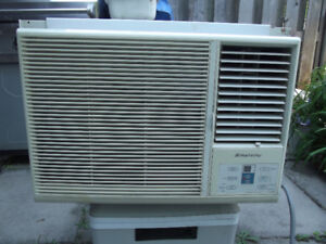 """""""SIMPLICITY"""" AIR CONDITIONER by """"DANBY"""""""