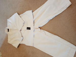 Kids Karate Gi- Size 00 (good for 4/5 year old)