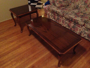 """Deilcraft coffee table set with 1/4"""" glass top"""