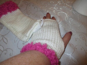Hand knit teenager fingerless gloves
