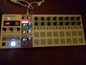 Arturia Beat Step Pro. top of the line sequencer