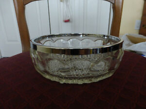 Glass Bowl with chrome plated rim Kitchener / Waterloo Kitchener Area image 2