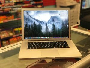 """MACBOOK PRO 2010 15""""*** WITH MANY SOFTWRAES***"""