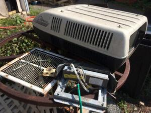 RV AC Air Conditioning unit