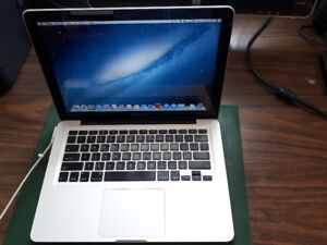"13"" 2012 MacBook Pro ""Core i5"" 2.5 GHz + 750 TB + 8 GB"