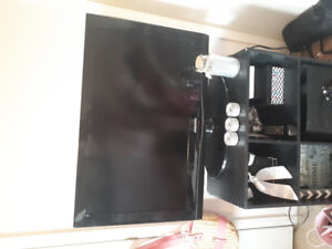 samsung 32 * plasma or lcd tv