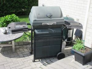 BBQ for sale, $80.00 or best offer