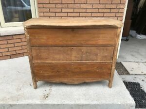 3 Drawer oak Antique dresser