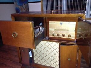 Meuble audio Antique