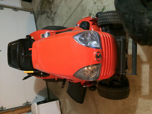 Kubota riding lawn mower t1880