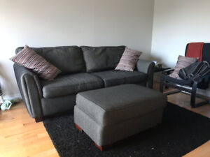 *Moving Sale* 2-3 seat couch + ottoman