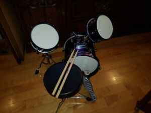 Small Drum Set for a child - base drum with pedal, 2 other drums