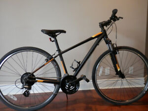 Bicycle Specialized Crosstrail Excellent condition