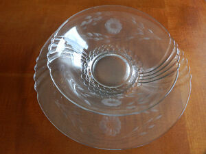 Vintage Hughes Corn Flower Bowl and Hostess Plate Kitchener / Waterloo Kitchener Area image 7