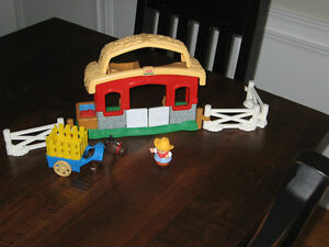 Little People Horse Stable with accessories