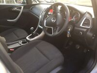 Vauxhall Astra 1.7cdti exclusive estate 2011