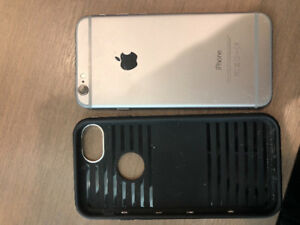 (Hairline Crack) iPhone 6 ROGERS- 16GB w/ Chrome Case+Headphones