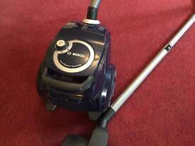 Bosch BGS4 Runn'n Vacuum Cleaner