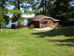 2 BEDROOM WATERFRONT COTTAGE, OTTY LAKE, 5 MINUTES FROM PERTH