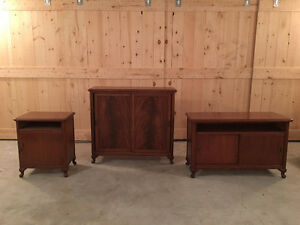 EXECUTIVE DESK, HUTCH, END TABLE, CREDENZA & SECRETARY