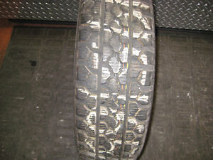 moto high traction gta 195-65-15 winter snow tire(one only